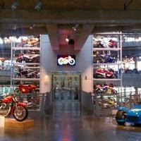 Foto scattata a Barber Vintage Motorsports Museum da Caitlin S. il 9/16/2012