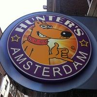 Снимок сделан в Hunter's Coffeeshop пользователем Артем К. 11/3/2013