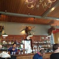 Photo prise au The Bull & Last par Megan W. le2/9/2013
