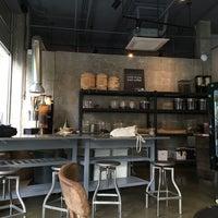 Photo prise au Bean & Bean Organic Coffee par Marissa le5/22/2016