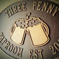 Foto tirada no(a) Three Penny Taproom por Heather em 9/16/2012