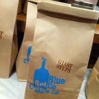 12/22/2012 tarihinde Li J.ziyaretçi tarafından Blue Bottle Coffee'de çekilen fotoğraf