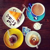 7/15/2013에 Sofia K.님이 Cup&Cake / Кап&Кейк에서 찍은 사진