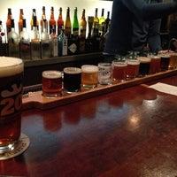 1/26/2013にLindsay D.がPortsmouth Breweryで撮った写真