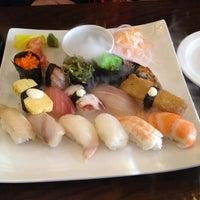 3/15/2014 tarihinde Nicziyaretçi tarafından Banyi Japanese Dining'de çekilen fotoğraf