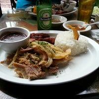 12/5/2012에 Anthony R.님이 El Meson de Pepe Restaurant & Bar에서 찍은 사진