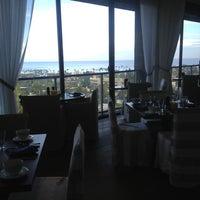 Foto diambil di Cusp Dining & Drinks oleh Eric O. pada 11/8/2012