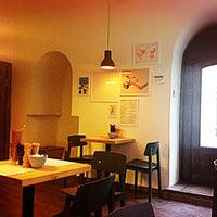 Снимок сделан в Mitte пользователем Anya L. 11/2/2012