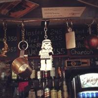 8/28/2013 tarihinde Олечкаziyaretçi tarafından Thistle Pub'de çekilen fotoğraf