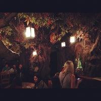 Foto tirada no(a) El Bosc de les Fades por Jon em 10/27/2012