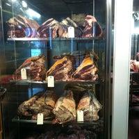 รูปภาพถ่ายที่ Restaurante Vaca Nostra โดย Angel P. เมื่อ 2/21/2013