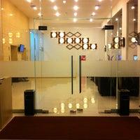 Foto tomada en Liberta Hotel Kemang (formerly favehotel Kemang) por Ian R. el 8/28/2013