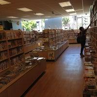Foto scattata a Kinokuniya Bookstore da Laudie il 7/10/2013