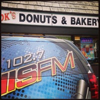 Photo prise au DK's Donuts and Bakery par Mayly le8/6/2013