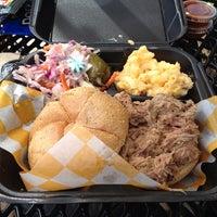 Das Foto wurde bei Curley's Q BBQ Food Truck & Catering von Tara J. am 8/16/2013 aufgenommen