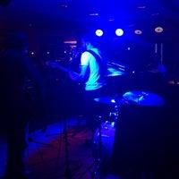 Foto diambil di Jazz@PizzaExpress oleh Hamdan I. pada 11/12/2013