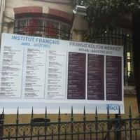 Photo prise au Fransız Kültür Merkezi par Birkan E. le4/16/2013
