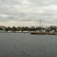 11/17/2012 tarihinde Birkan E.ziyaretçi tarafından Yeşilköy Marina'de çekilen fotoğraf