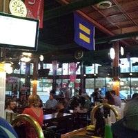Photo prise au The Green Pig Pub par Raul H. le7/7/2013