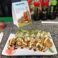 Photo taken at Fish Gourmet Express by Ernesto B. on 5/7/2013
