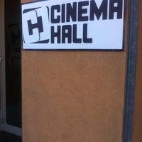 Das Foto wurde bei Cinema Hall von Gizi B. am 1/31/2013 aufgenommen