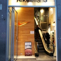 ed0d62bb09 Photo taken at Nike Store by Teo U. on 12/17/2012 ...