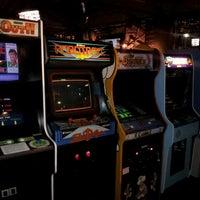Das Foto wurde bei Headquarters Beercade von Gene G. am 10/11/2012 aufgenommen