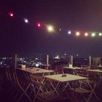 11/15/2012 tarihinde Miray P.ziyaretçi tarafından Balkon Bar'de çekilen fotoğraf