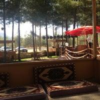 Photo prise au Koçlar Restaurant ve Dinlenme Tesisi par Mehmet D. le9/18/2013