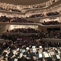 Das Foto wurde bei Elbphilharmonie von Oliver W. am 3/1/2017 aufgenommen