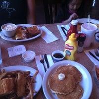 Photo prise au Pecan Creek Grille par Ivy C. le11/24/2012