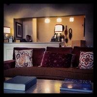 Photo prise au Hotel Carlton par Andre S. le11/9/2012