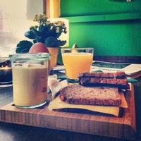 Foto diambil di café sellberg oleh Gille L. pada 12/12/2013