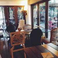 11/16/2013 tarihinde chel c.ziyaretçi tarafından 14 Four Cafe'de çekilen fotoğraf