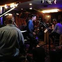Das Foto wurde bei Smalls Jazz Club von Lila d. am 10/17/2012 aufgenommen