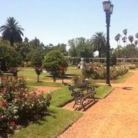 รูปภาพถ่ายที่ El Rosedal โดย Ana M. เมื่อ 11/30/2012