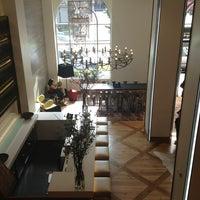 Photo prise au Hotel Zetta San Francisco par Emily N. le4/1/2013