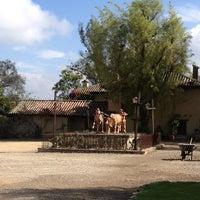 Das Foto wurde bei El Pórtico von DIANA FERNANDA B. am 3/20/2013 aufgenommen
