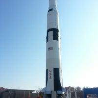 รูปภาพถ่ายที่ Space Camp โดย Ramon M. เมื่อ 11/21/2012