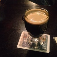 รูปภาพถ่ายที่ Bier Baron Tavern โดย Fred เมื่อ 1/11/2013