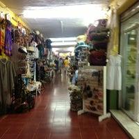 Foto tomada en Mercado 28 por Luis A. el 12/12/2012