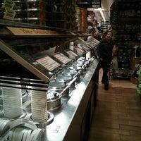 Foto scattata a Westerly Natural Market da Jett G. il 2/13/2013