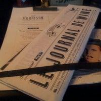 Foto tirada no(a) The Morrison Bar & Oyster Room por Terry em 10/26/2012
