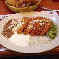 Foto tirada no(a) Restaurante La Posada Del Virrey por Carlos R. em 6/30/2013