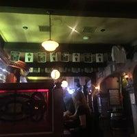Das Foto wurde bei Blarney Stone Pub von Sterling M. am 3/26/2016 aufgenommen