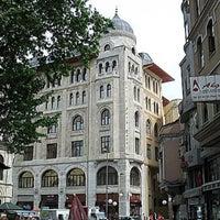 Das Foto wurde bei Legacy Ottoman Hotel von Rroma . am 2/27/2013 aufgenommen