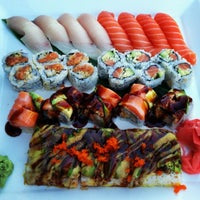 Foto scattata a Wasabi Japanese Restaurant da Rebecca C. il 7/16/2013