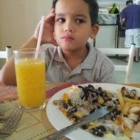 Foto tirada no(a) Tia Nelza Restaurante por Juliano S. em 8/3/2013