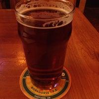 Снимок сделан в Laurelwood Public House & Brewery пользователем Theresa . 11/17/2012