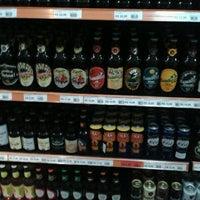 Foto tirada no(a) Beer 4 U por Leandro J. em 5/16/2013